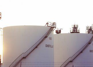 zapasy ropy naftowej